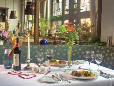 Gedeckter Tisch in unserer Weinstube