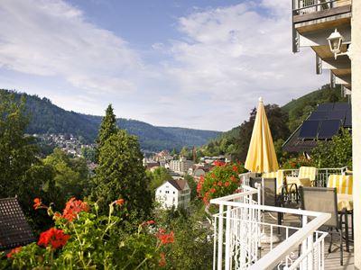 Balkon mit Aussicht auf Bad Wildbad